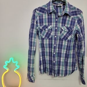 Women's plaid button up long sleeves